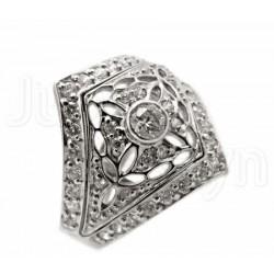 Stylowy złoty pierścionek z białego złota.