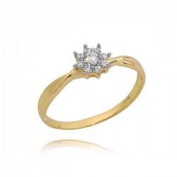 Śliczny złoty pierścionek minimalistyczny wygląd