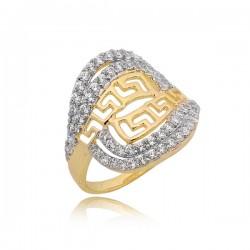 Śliczny złoty pierścionek z ciekawym zdobieniem
