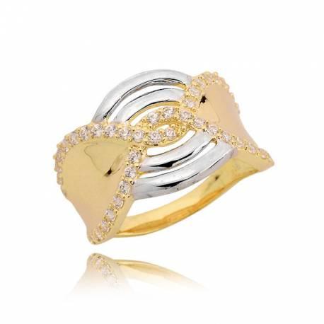 Piękny złoty pierścionek o ciekawym wzorze