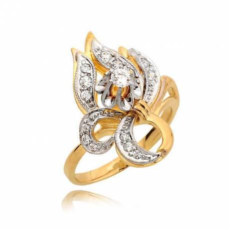 Niezwykły pierścionek z cyrkoniami
