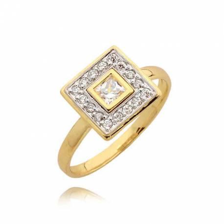 Złoty pierścionek z efektownym kwadratem