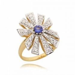 Efektowny pierścionek z topazem