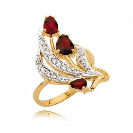 Piękny złoty pierścionek z trzema rubinami i cyrkoniami