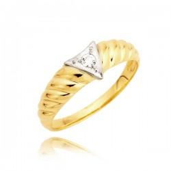 Złoty pierścionek z wstawką trójkąta w białym złocie