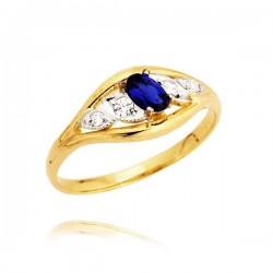 Złoty pierścionek z szfirem