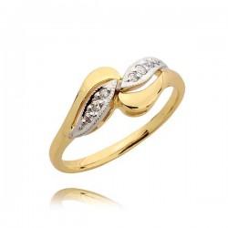 Przepiękny zaręczynowy pierścionek