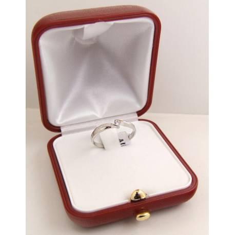 Białe złoto,delikatny pierścionek