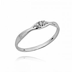 Pierścionek zaręczynowy,trzy brylanty 0,03ct,białe złoto