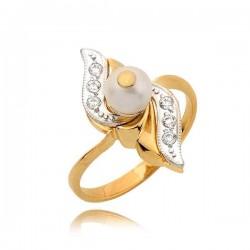 Śliczny złoty pierścionek z perłą i cyrkoniami