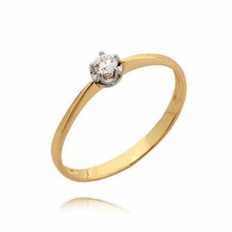 Delikatny pierścionek z cyrkonią