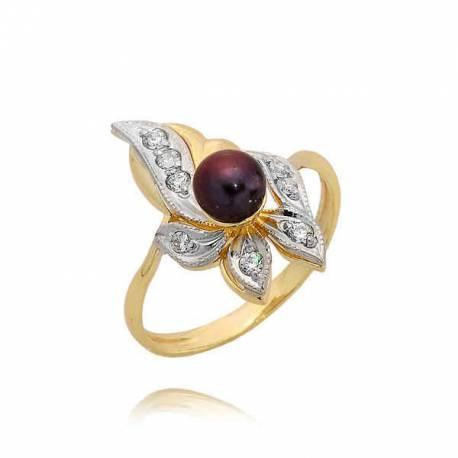 Złoty pierścionek z koralem