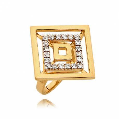 Złoty pierścionek z motywem kwadratu
