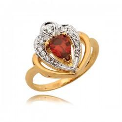 Przepiękny pierścionek z rubinem
